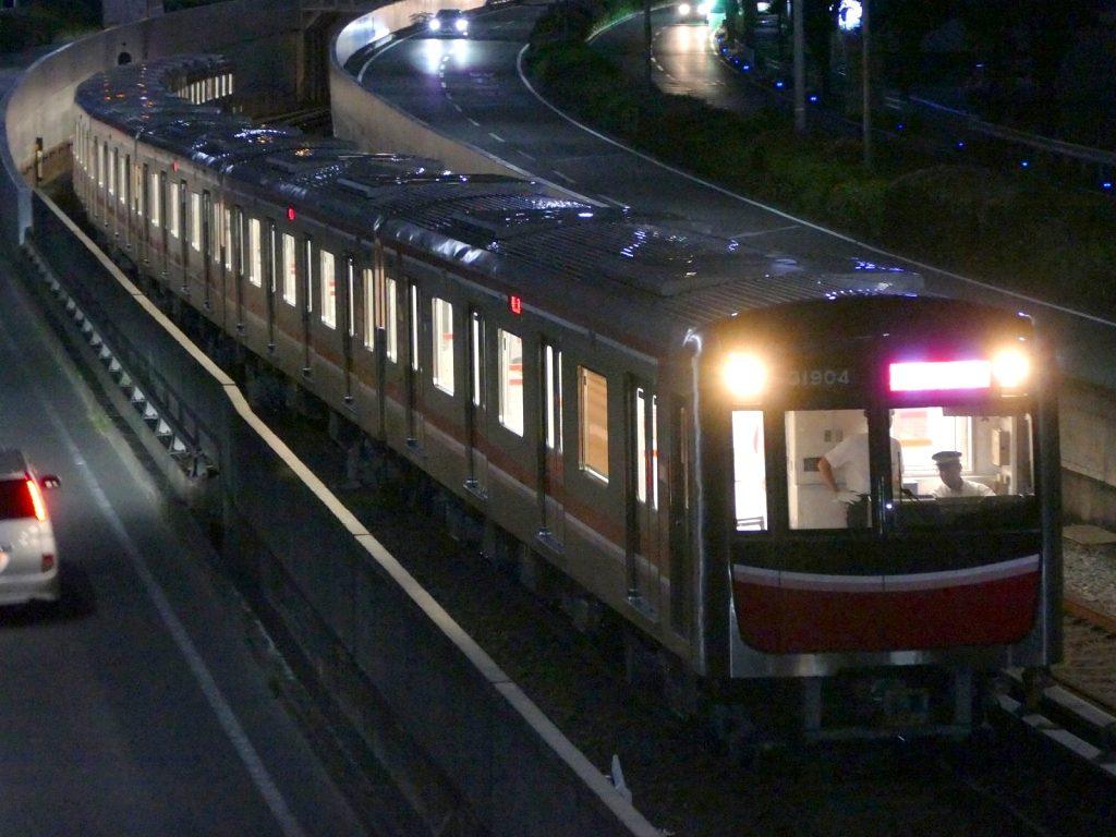 【北大阪急行】31604Fが夜間誘導障害試運転を実施
