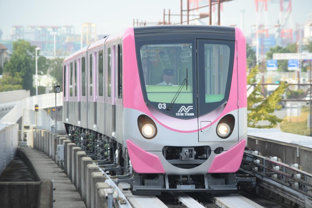 【ピンク色のニュートラム】200系第3編成が試運転を実施中