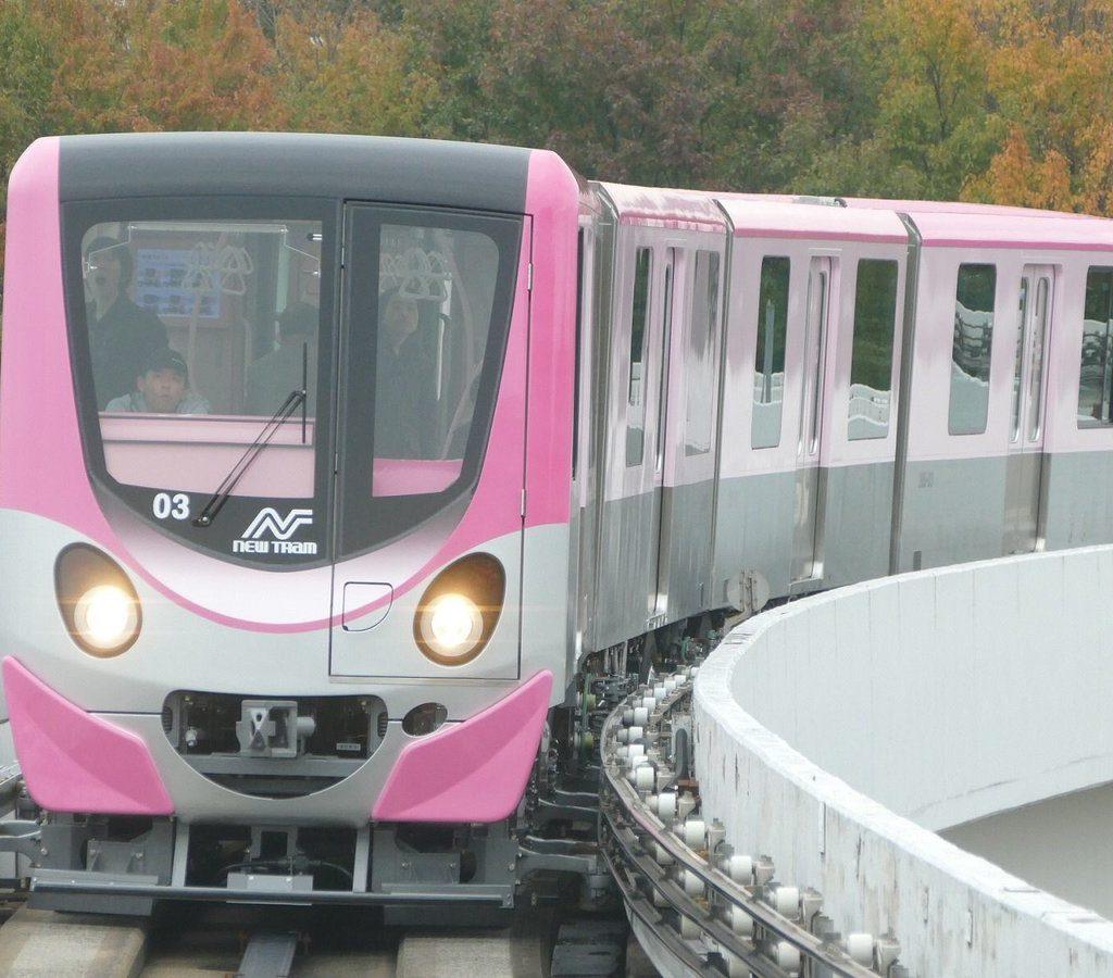【ピンク色のニュートラム】200系03Fが営業運転開始