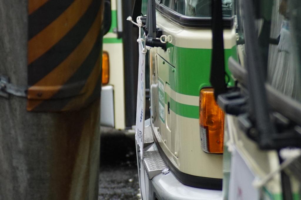 【大阪市バス】大阪市の紋章「澪標」が撤去開始