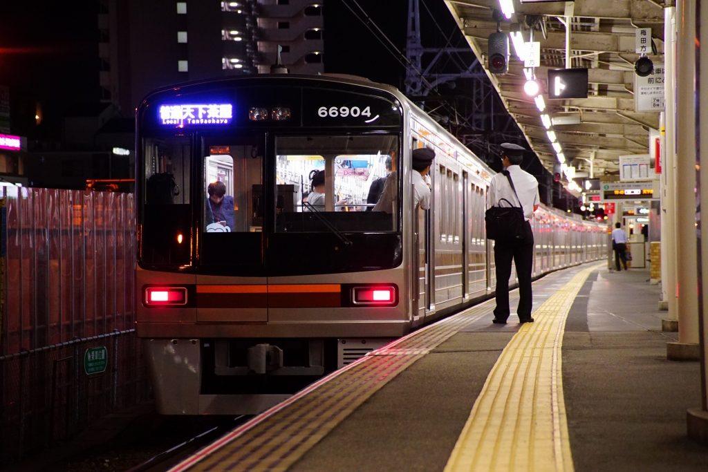 【堺筋線】「車内案内放送コンテスト2018」を開催