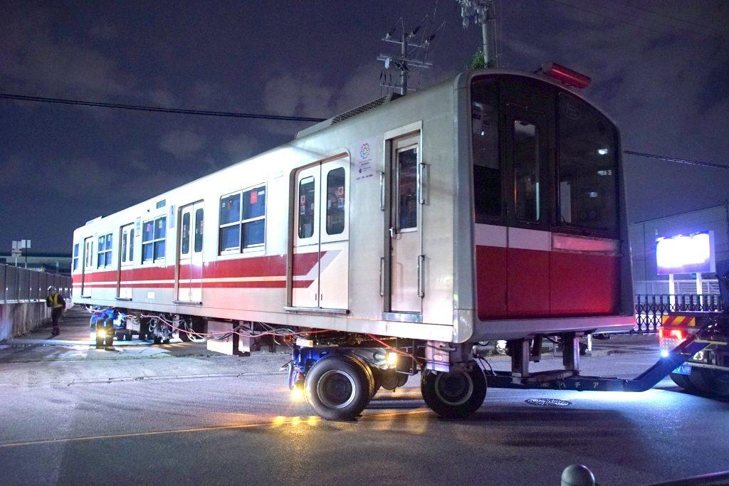 【廃車速報】御堂筋線10系10編成トレーラー陸送 廃車搬出