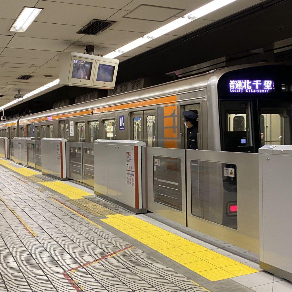 【堺筋線】ホームドア設置計画を3年前倒しへ…2022年度に全駅設置目標